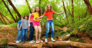 gesunde und ausgeglichene Kinder durch Bewegung